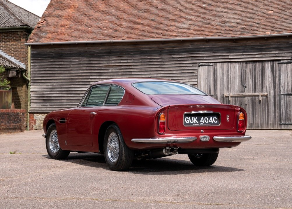 1965 Aston Martin DB6 For Sale (picture 2 of 6)