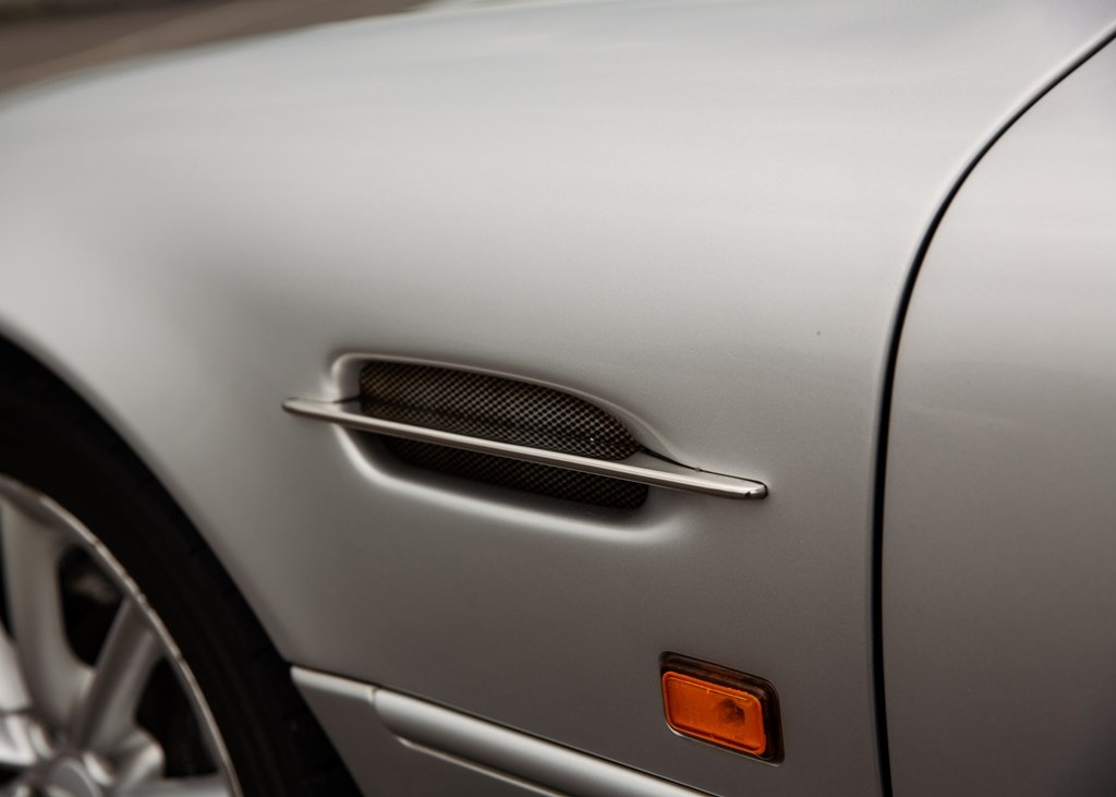 2000 Aston Martin DB7 Vantage SOLD by Auction (picture 5 of 6)