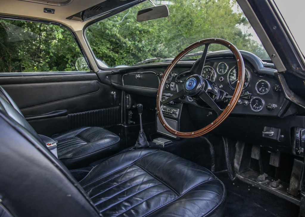 1965 Aston Martin DB5 SOLD by Auction (picture 4 of 6)