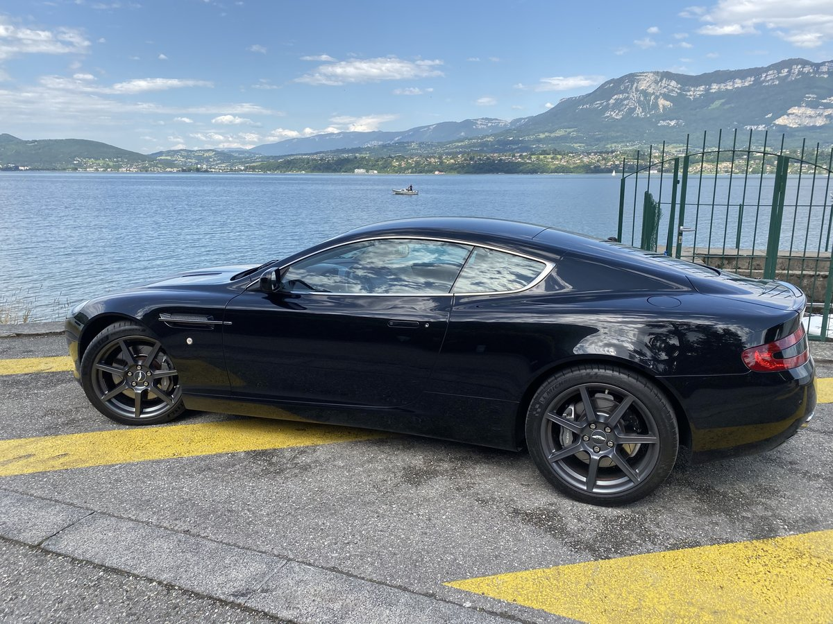 2005 ASTON MARTIN DB9  SOLD by Auction (picture 1 of 6)