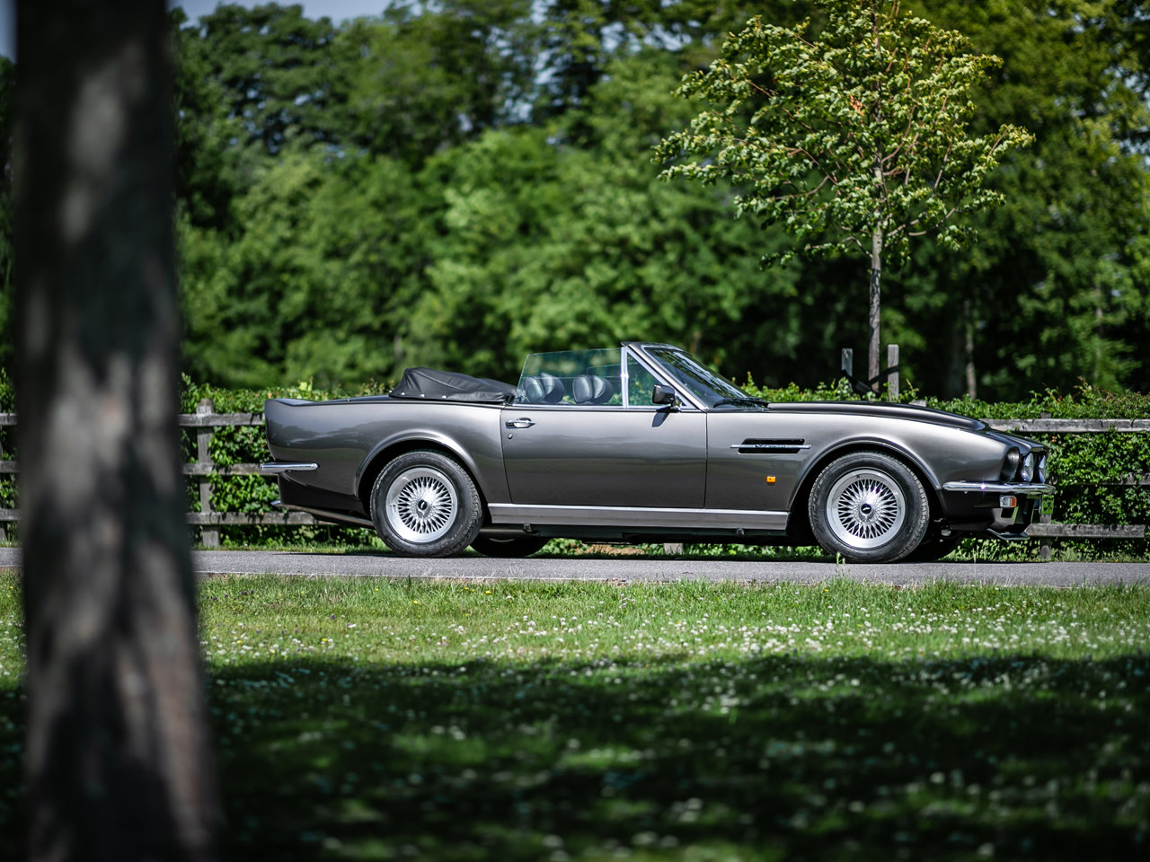 1989 Aston Martin V8 Vantage Volante PoW Adapted For Sale (picture 1 of 6)