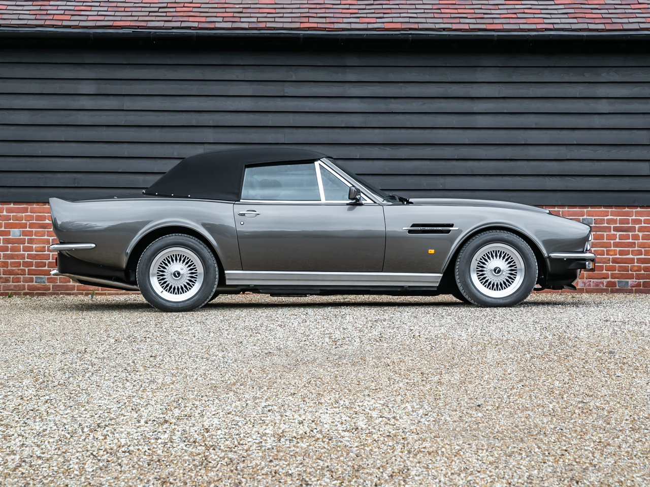 1989 Aston Martin V8 Vantage Volante PoW Adapted For Sale (picture 5 of 6)