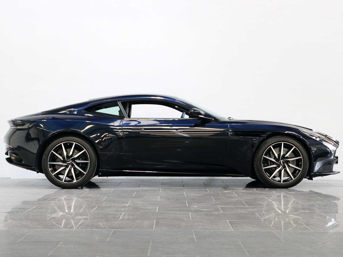 2019 19 69 ASTON MARTIN DB11 4.0 V8 AUTO For Sale (picture 2 of 6)