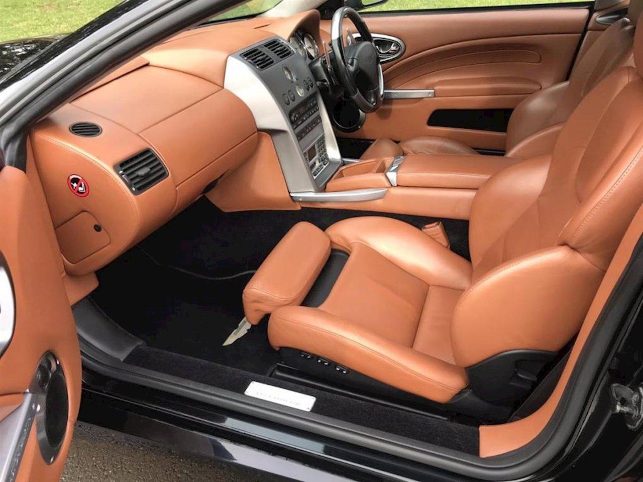 2004 Aston Martin Vanquish - 2002 - Jet Black  For Sale (picture 2 of 5)