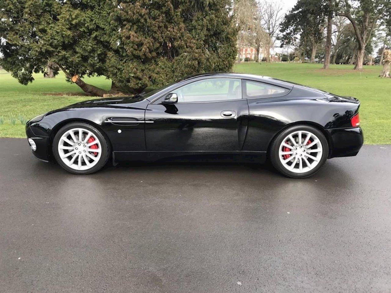 2004 Aston Martin Vanquish - 2002 - Jet Black  For Sale (picture 3 of 5)