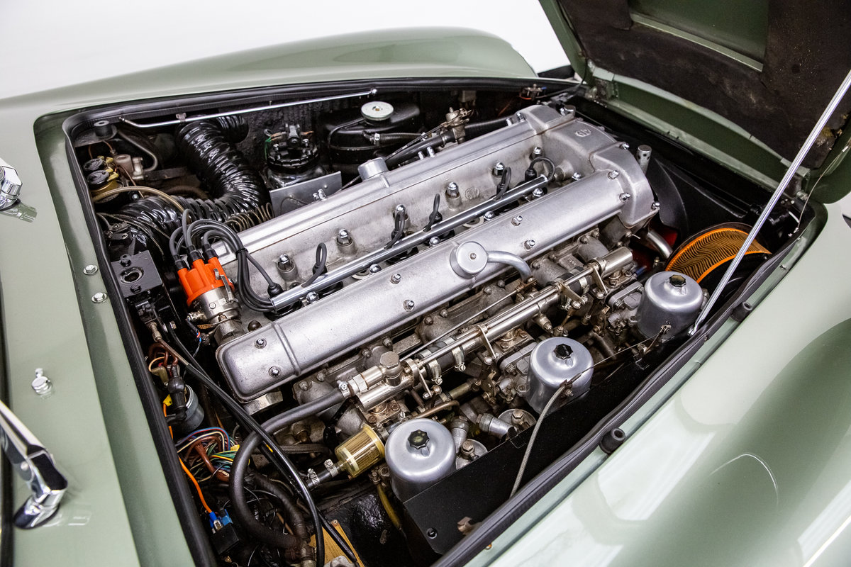 1968 ASTON MARTIN DB6 VOLANTE 1 of 140 CARS BUILT. For Sale (picture 6 of 6)