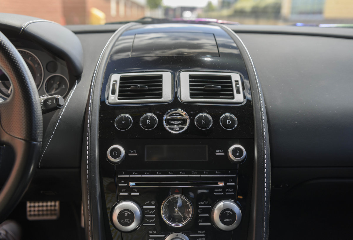 2010 Aston Martin DBS (LHD) For Sale (picture 20 of 24)