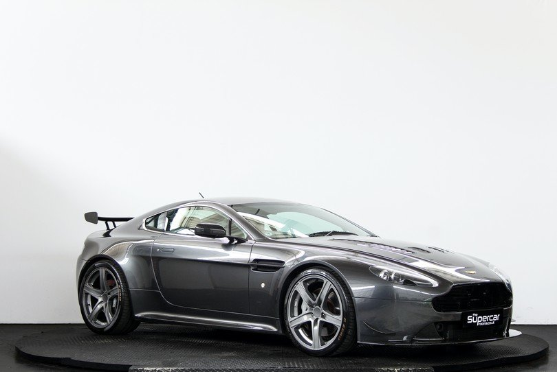 Aston Martin V8 Vantage - Extensive Upgrades - 2006 For Sale (picture 2 of 6)