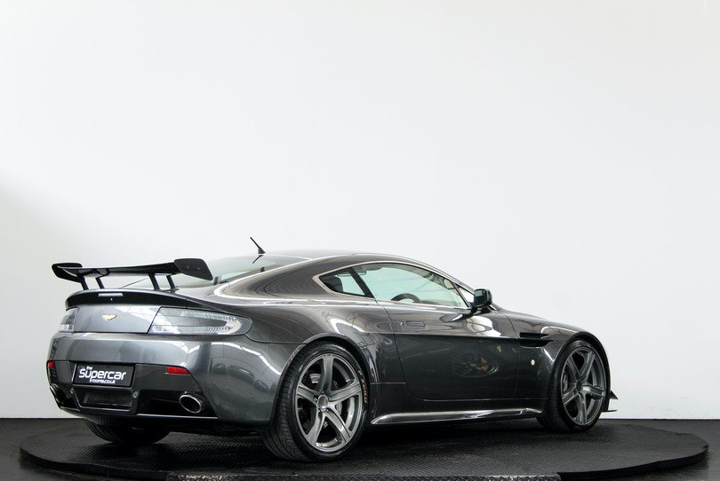 Aston Martin V8 Vantage - Extensive Upgrades - 2006 For Sale (picture 3 of 6)