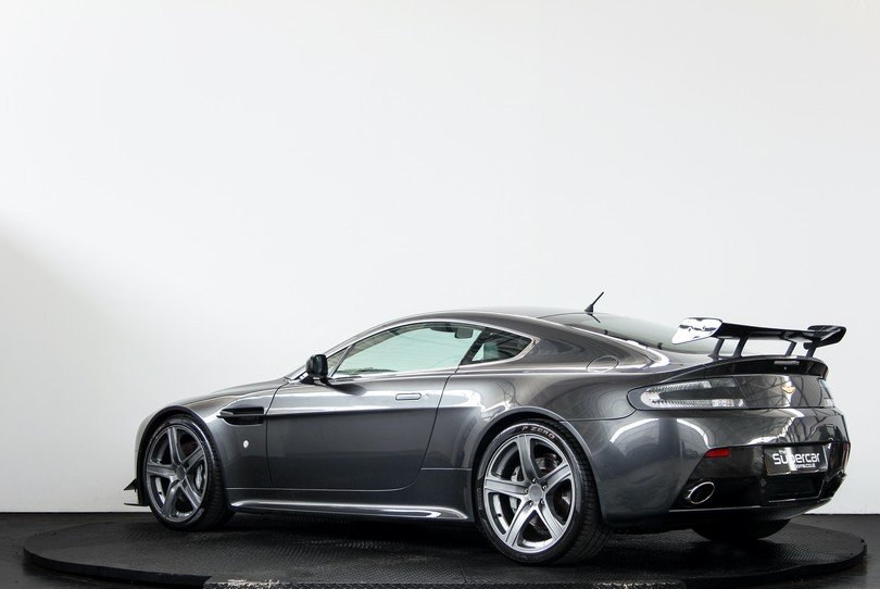 Aston Martin V8 Vantage - Extensive Upgrades - 2006 For Sale (picture 4 of 6)