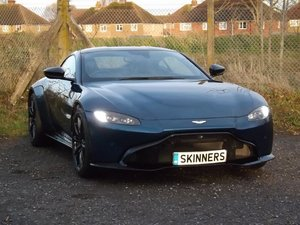 Aston Martin Vantage 4.0 V8 Coupe