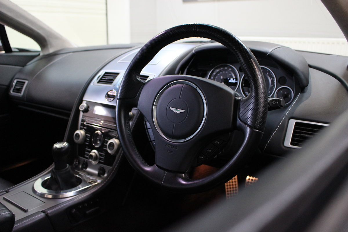 2011 Aston Martin Vantage 4.7 V8 N420 Coupe Manual | FSH For Sale (picture 7 of 10)