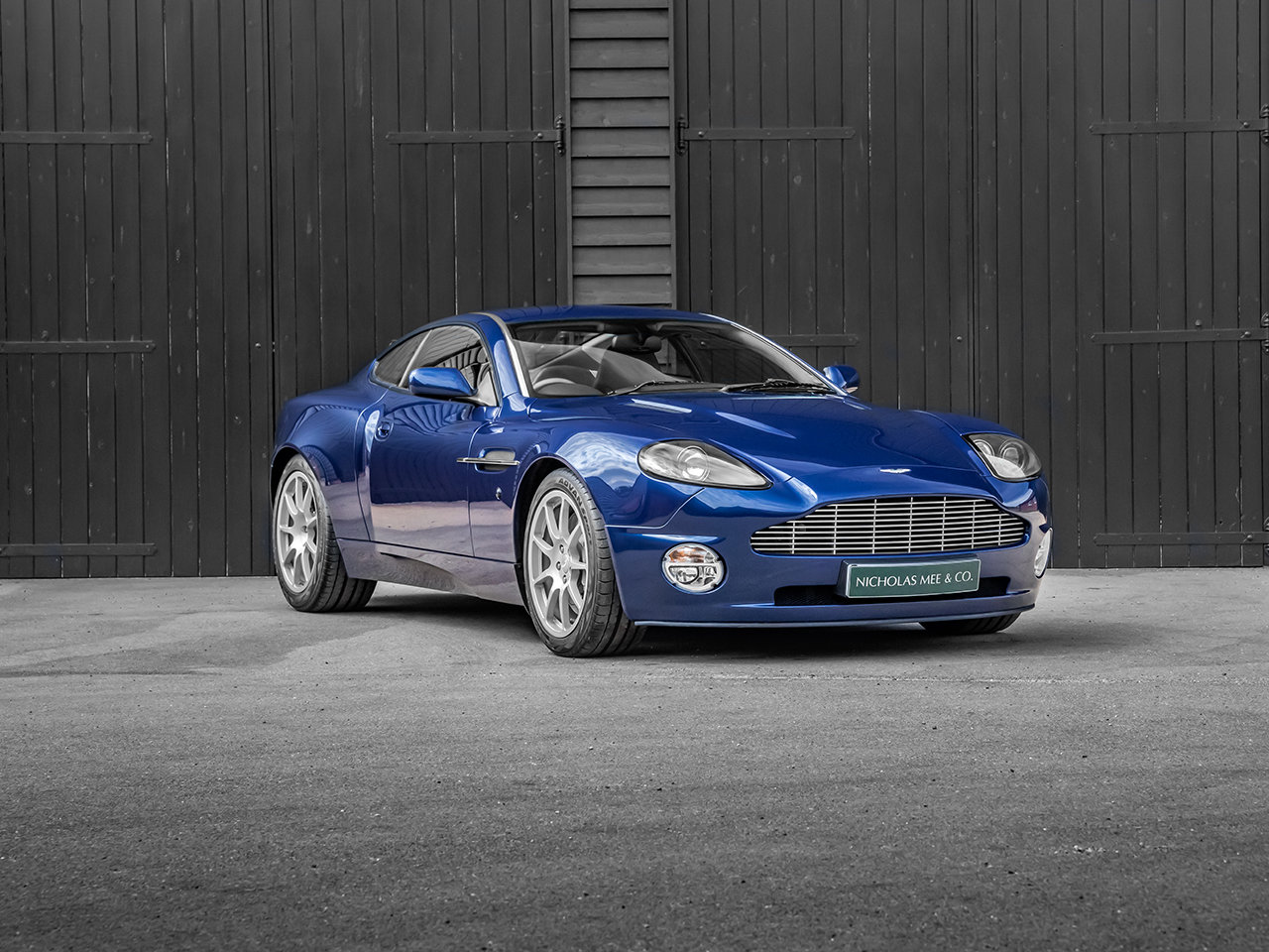 2004 Aston Martin Vanquish SDP For Sale (picture 1 of 6)