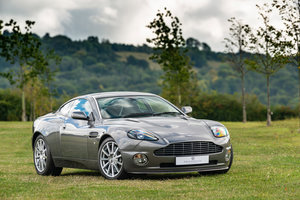 Picture of 2005 Aston Martin V12 Vanquish S For Sale