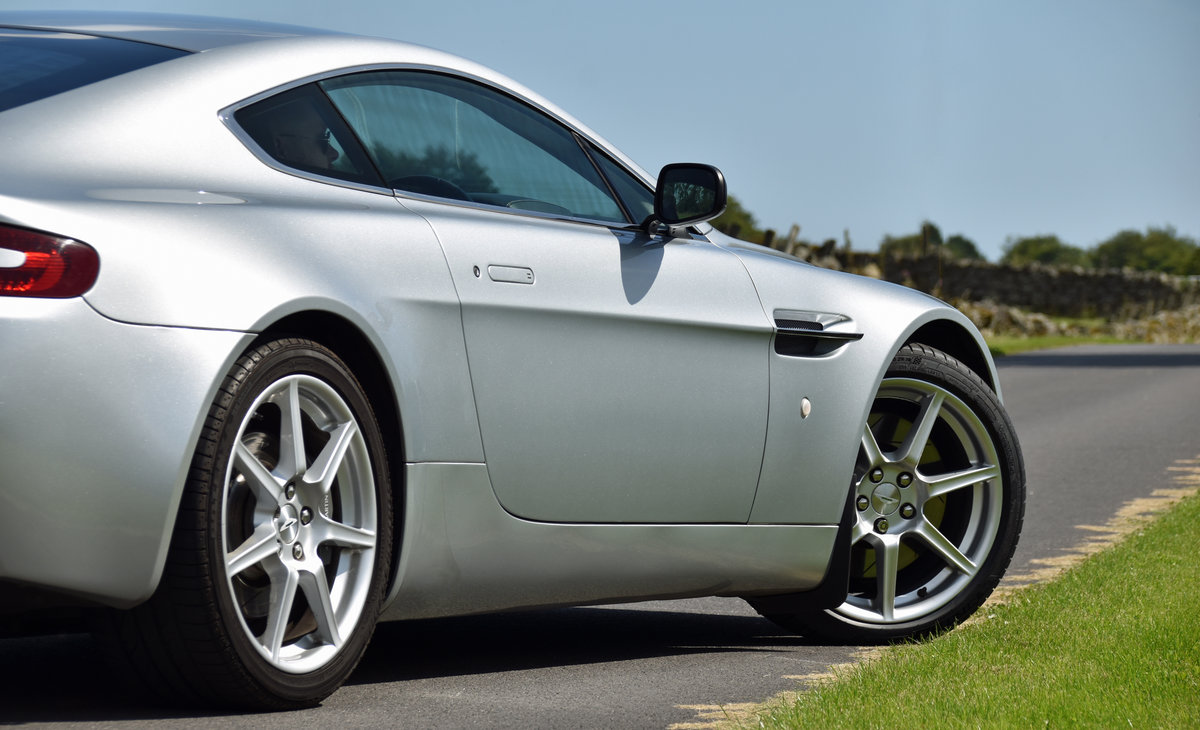 2007 Aston Martin 4.3 V8 Vantage 57 plate For Sale (picture 4 of 6)