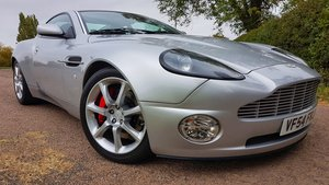 2005 2004 Aston Martin Vanquish ONLY 5,600 miles as new immacu For Sale