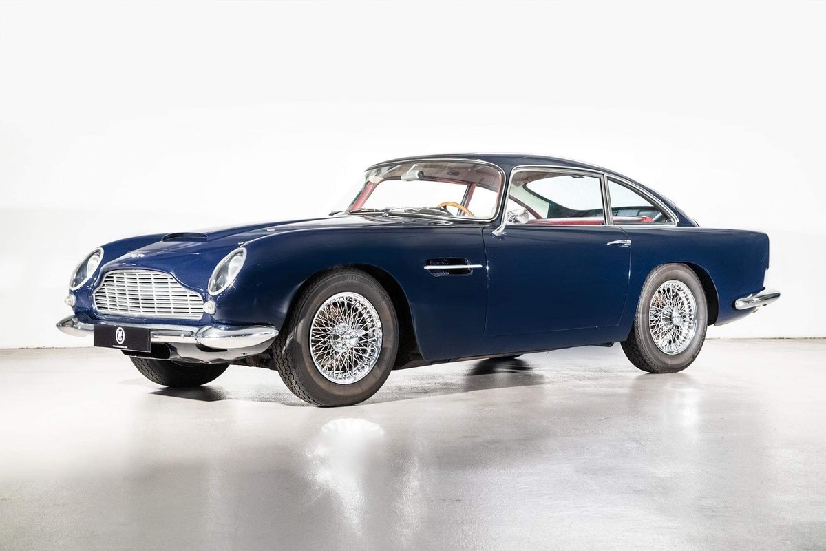 1962 Aston Martin DB4 Vantage SS Series 5 SOLD (picture 1 of 20)