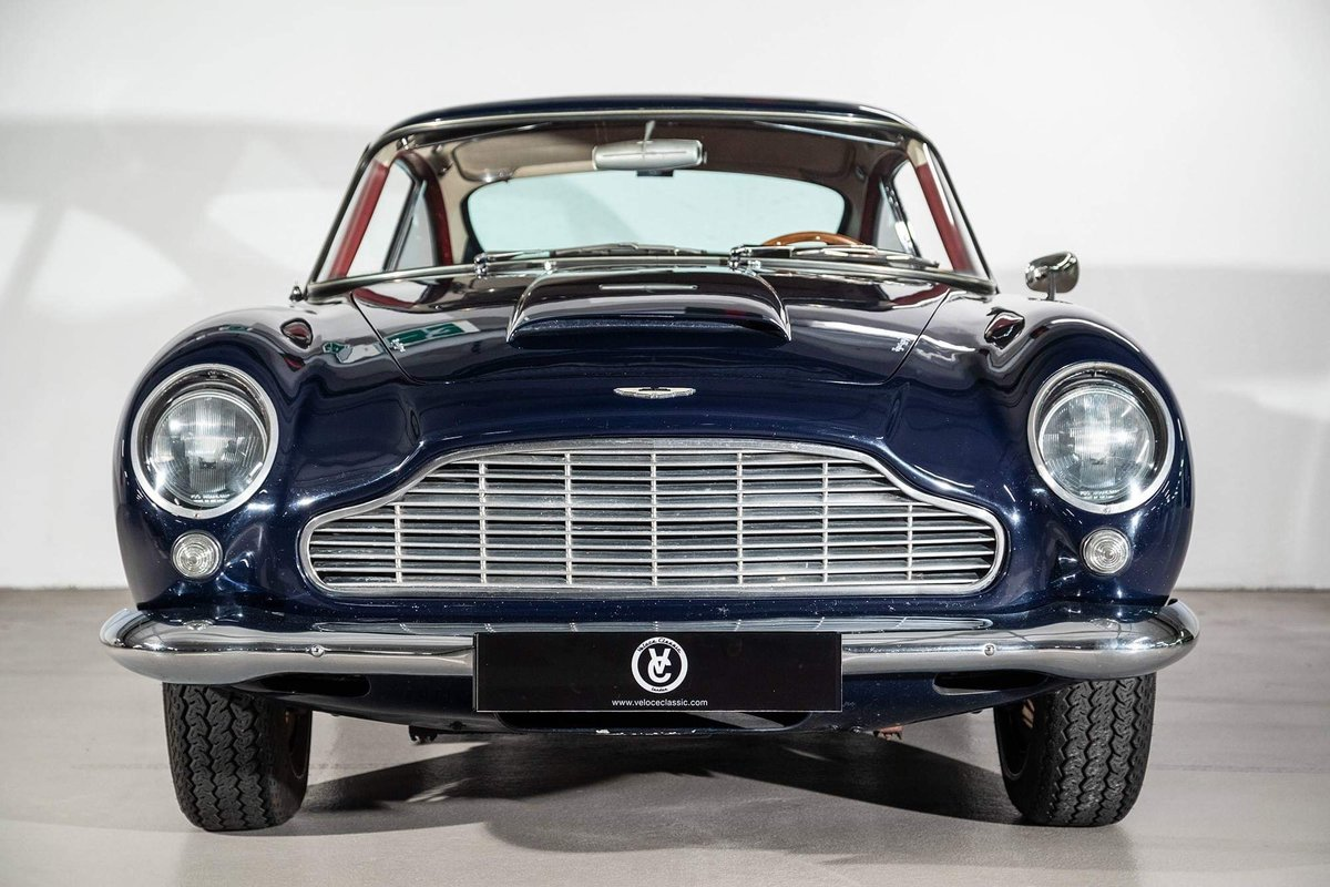 1962 Aston Martin DB4 Vantage SS Series 5 SOLD (picture 4 of 20)