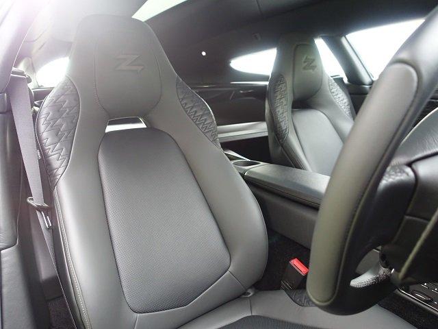 2019 Aston Martin Vanquish Zagato V12 Shooting Brake Auto For Sale (picture 5 of 6)