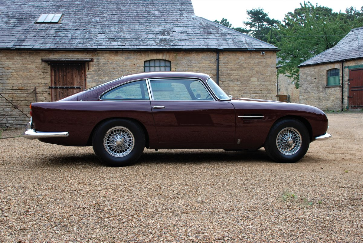 1964 Very original Aston Martin DB5 For Sale (picture 3 of 6)