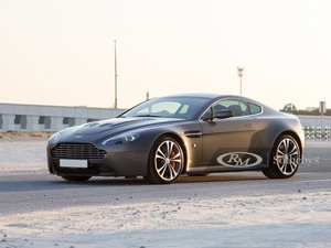 Picture of 2010 Aston Martin V12 Vantage  For Sale by Auction