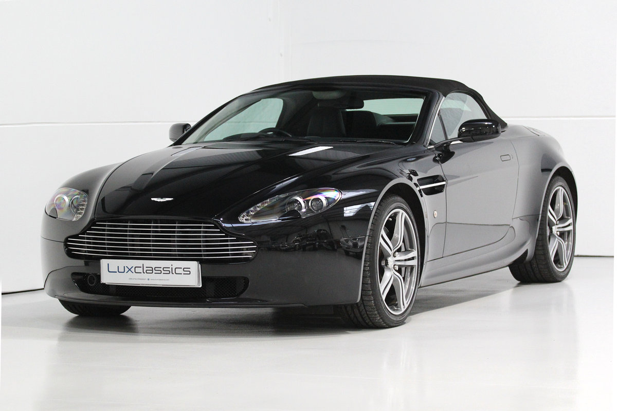 2009 Aston Martin V8 Vantage Roadster N400 rare manual For Sale (picture 1 of 6)