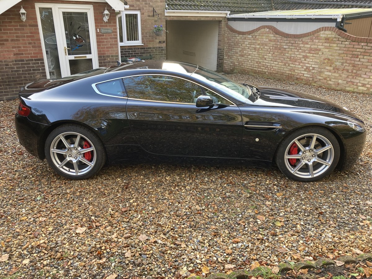 2006 Aston Martin V8 Vantage 4.3 Manual For Sale (picture 3 of 6)