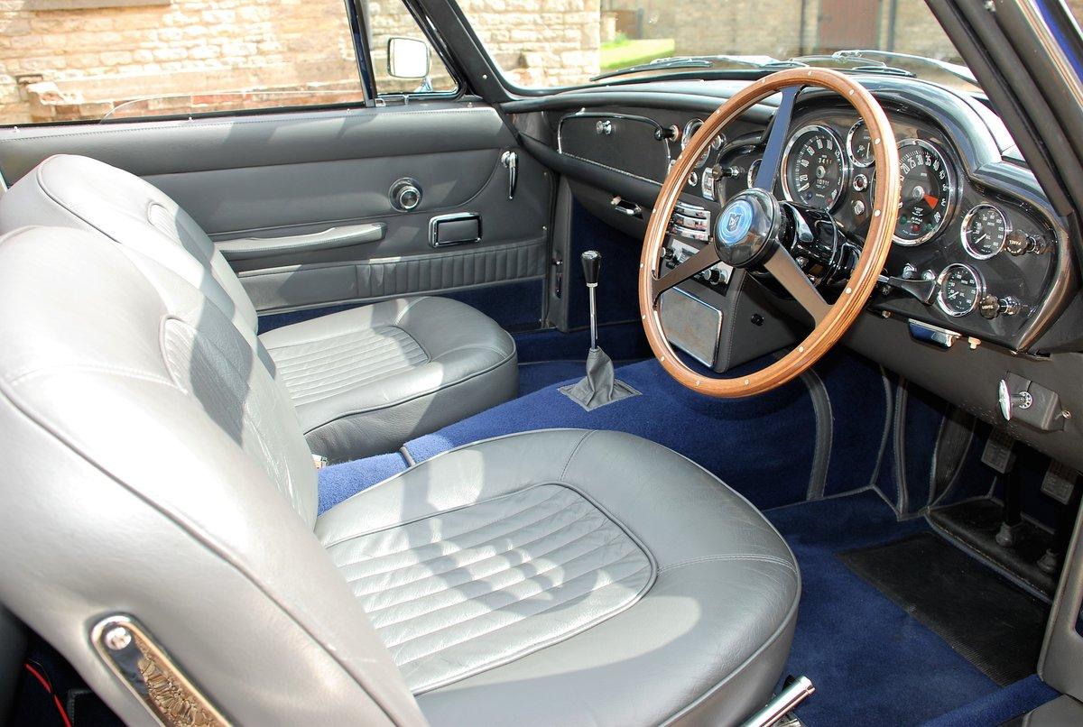 1967 Aston Martin DB6 Volante Manual For Sale (picture 4 of 6)
