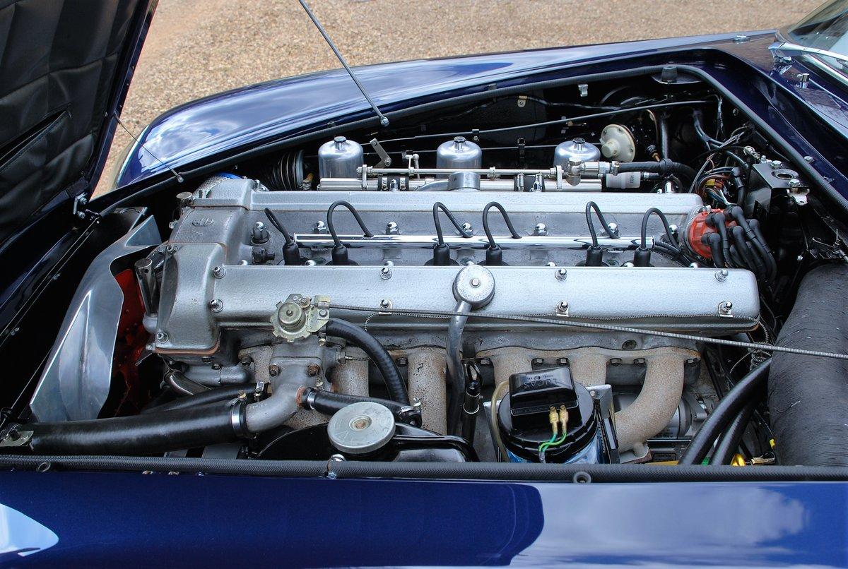 1967 Aston Martin DB6 Volante Manual For Sale (picture 6 of 6)