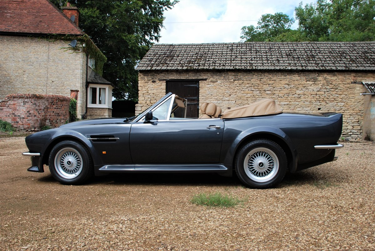 1989 ASton Martin V8 Vantage Volante X Pack Manual For Sale (picture 2 of 6)