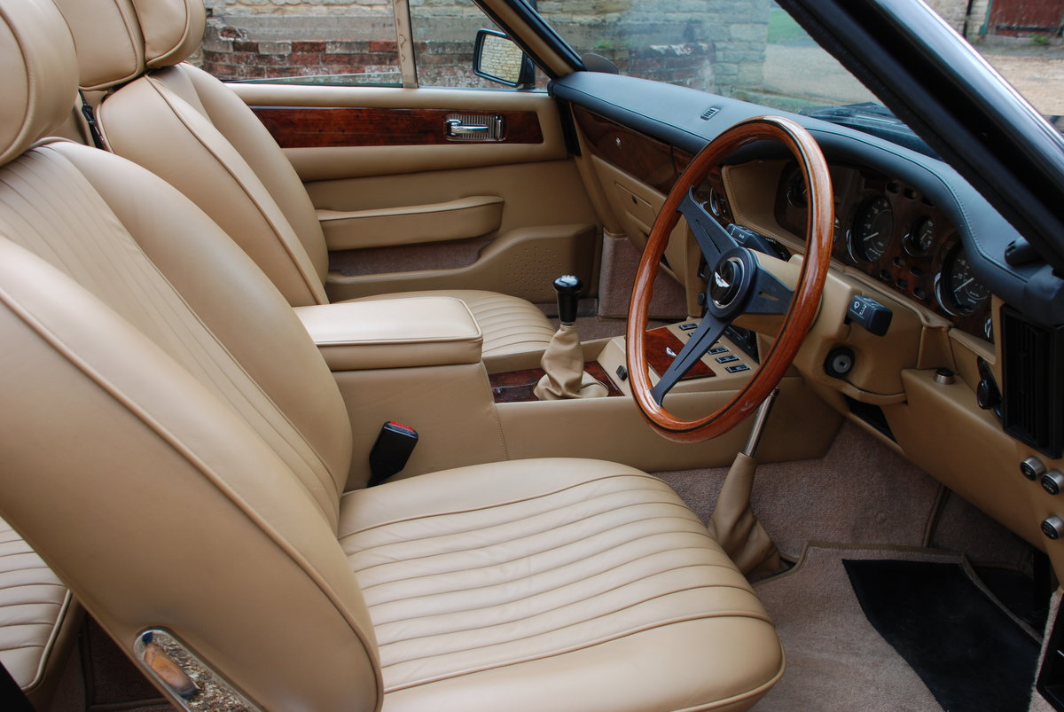 1989 ASton Martin V8 Vantage Volante X Pack Manual For Sale (picture 4 of 6)