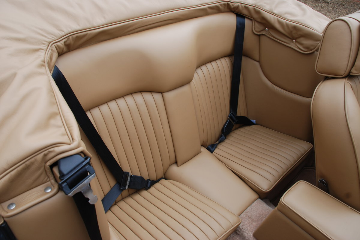 1989 ASton Martin V8 Vantage Volante X Pack Manual For Sale (picture 5 of 6)