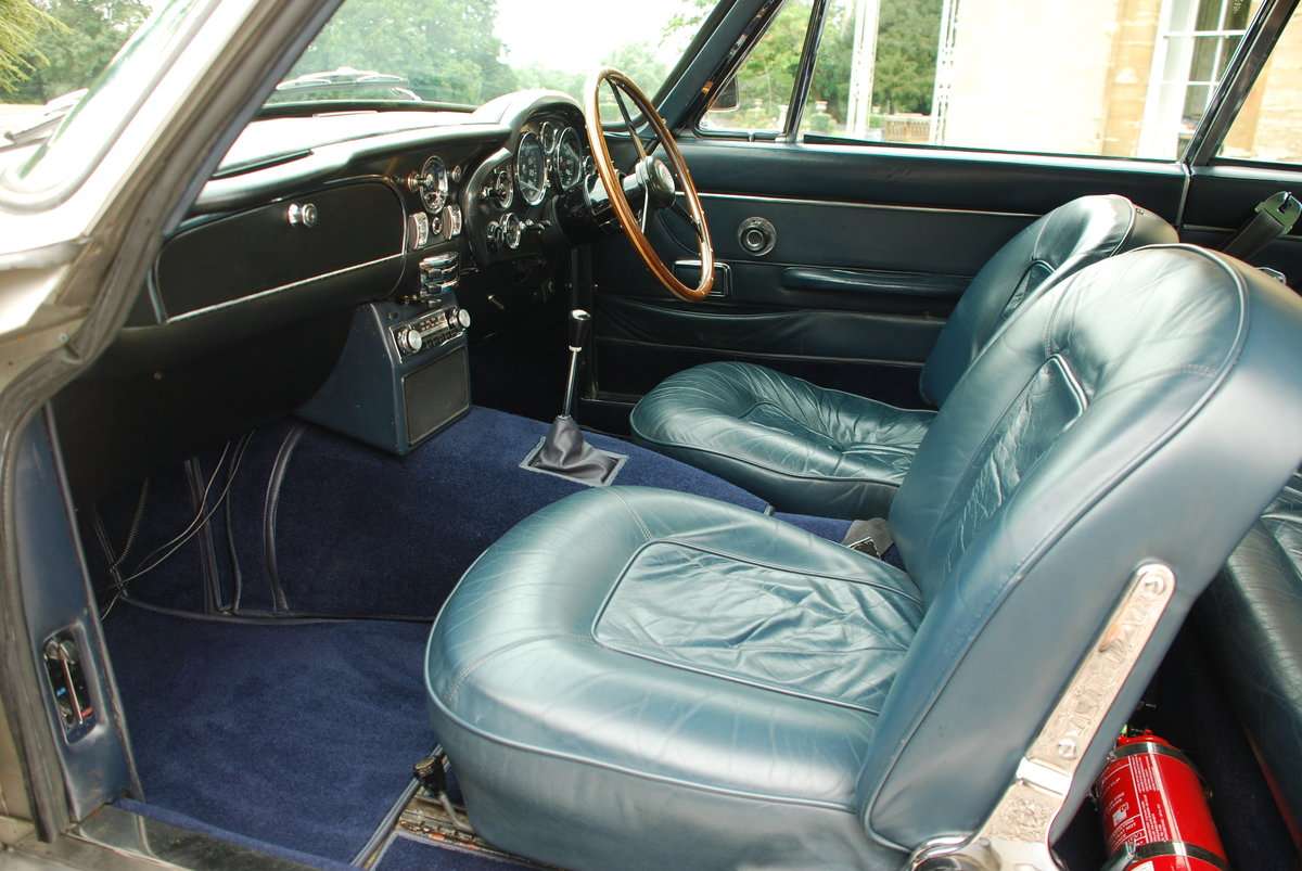 1967 Aston Martin DB6 Vantage Manual For Sale (picture 4 of 6)