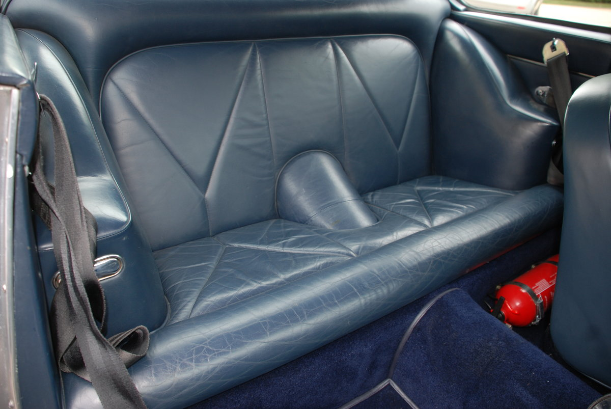 1967 Aston Martin DB6 Vantage Manual For Sale (picture 5 of 6)