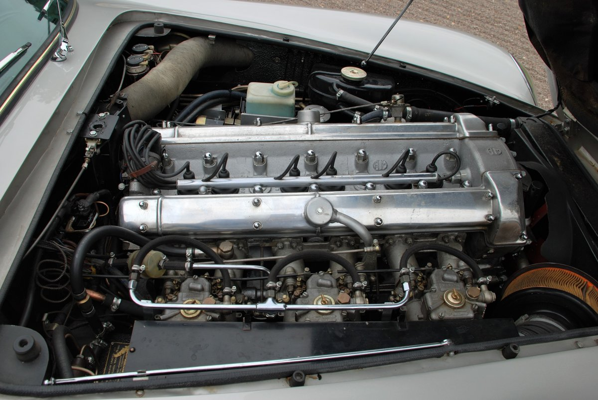 1967 Aston Martin DB6 Vantage Manual For Sale (picture 6 of 6)
