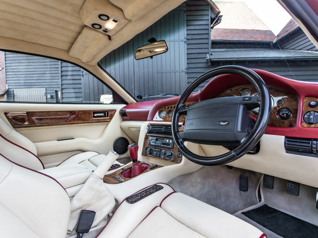 1996 Aston Martin Vantage V550 For Sale (picture 4 of 6)
