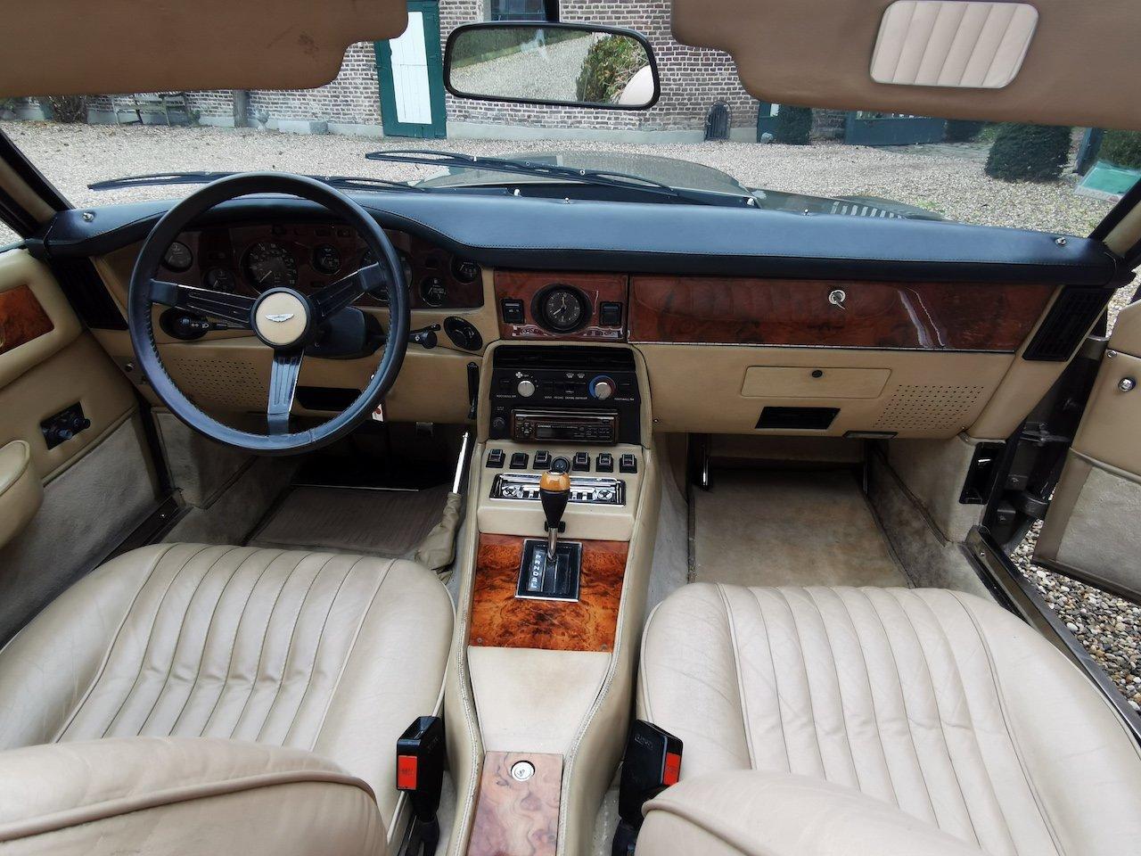 1985 Aston Martin V8 Volante Cabrio 5.3 For Sale (picture 5 of 6)