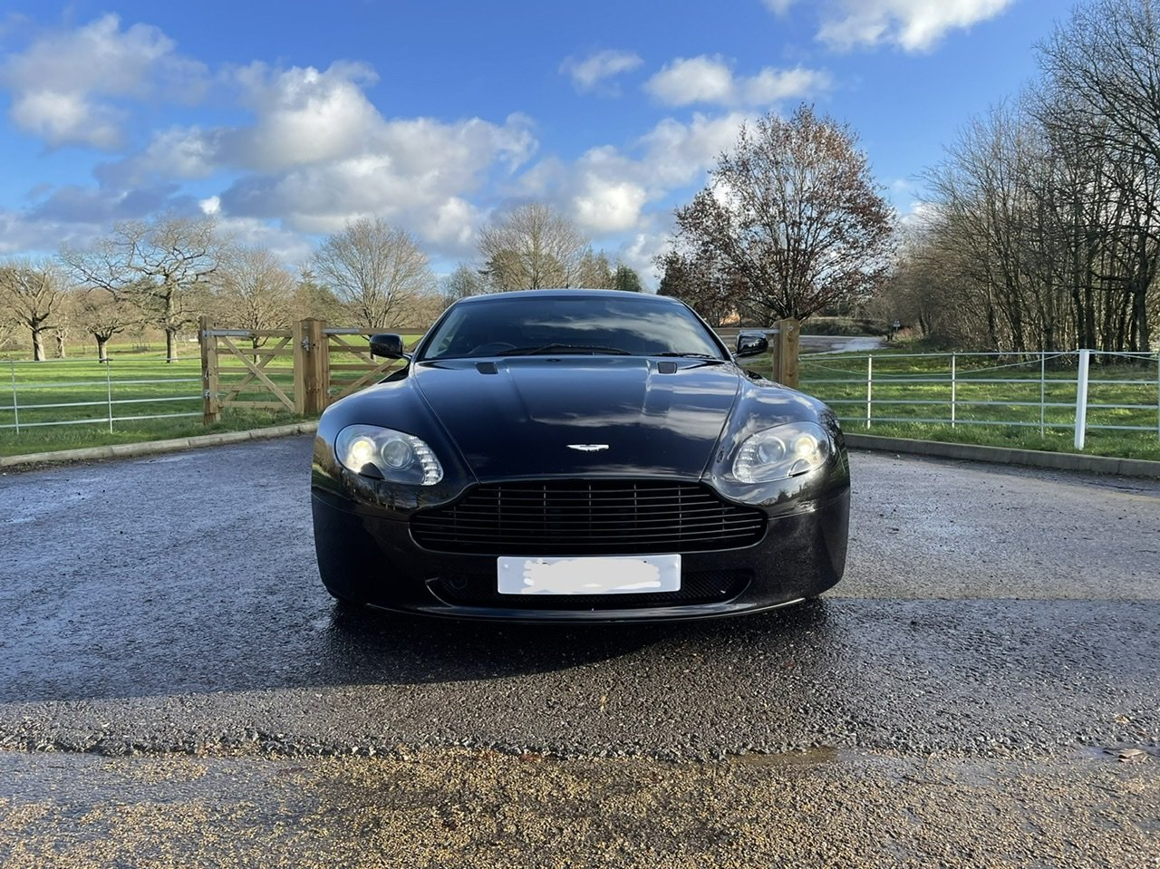 2007 Aston Martin Vantage For Sale (picture 8 of 11)