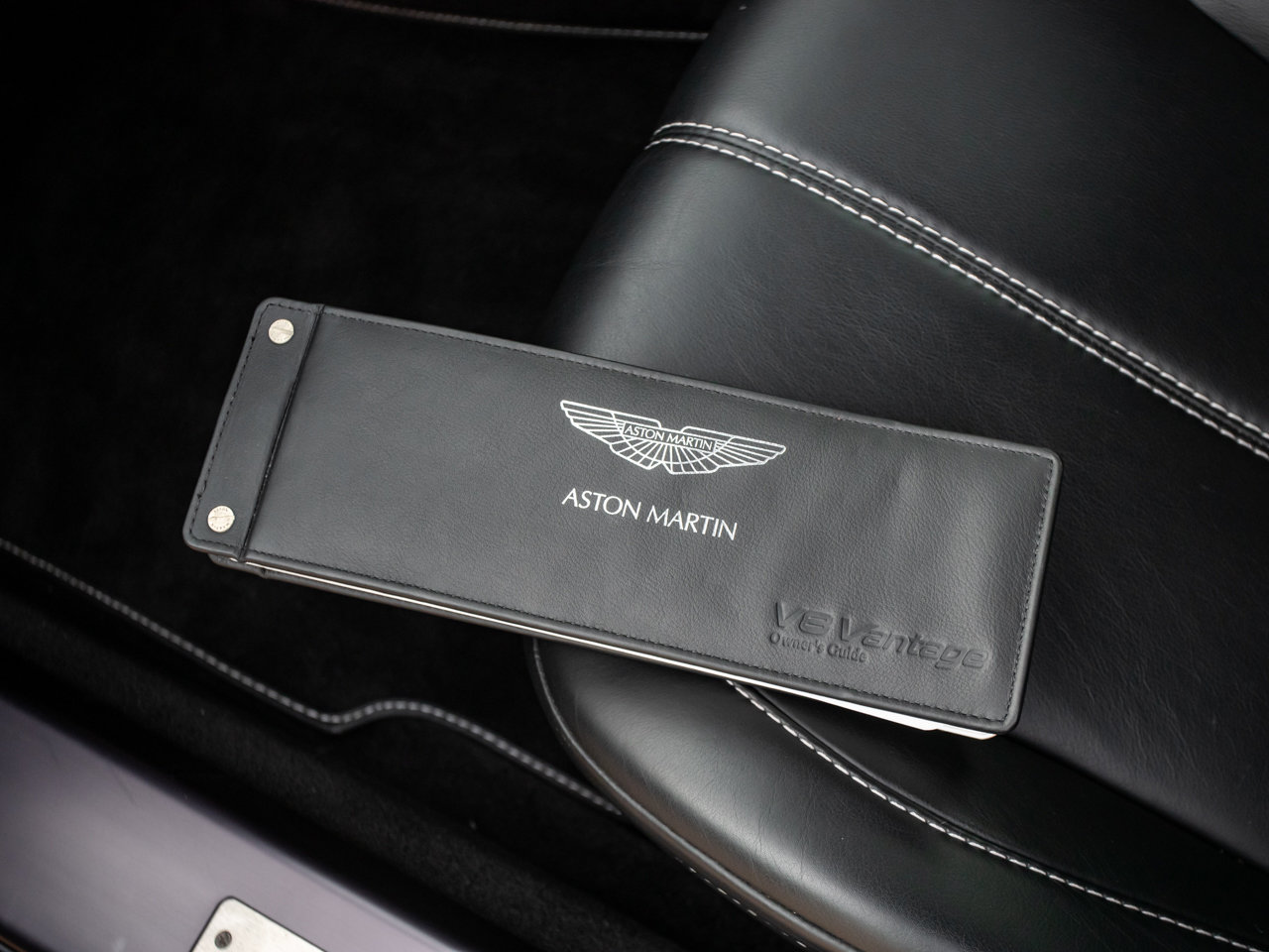 2008 Aston Martin V8 Vantage - Manual For Sale (picture 12 of 12)