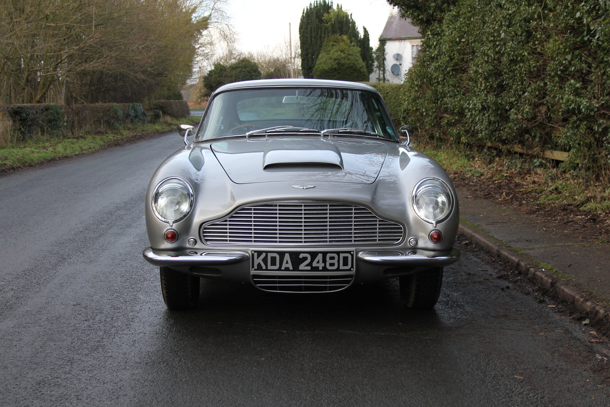 1966 Aston Martin DB6 MkI, Oustanding Original Car For Sale (picture 2 of 23)