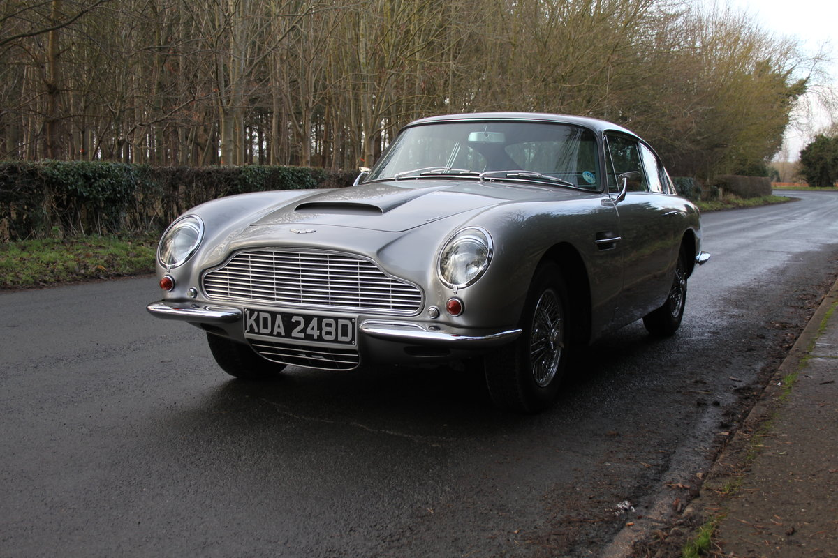1966 Aston Martin DB6 MkI, Oustanding Original Car For Sale (picture 3 of 23)