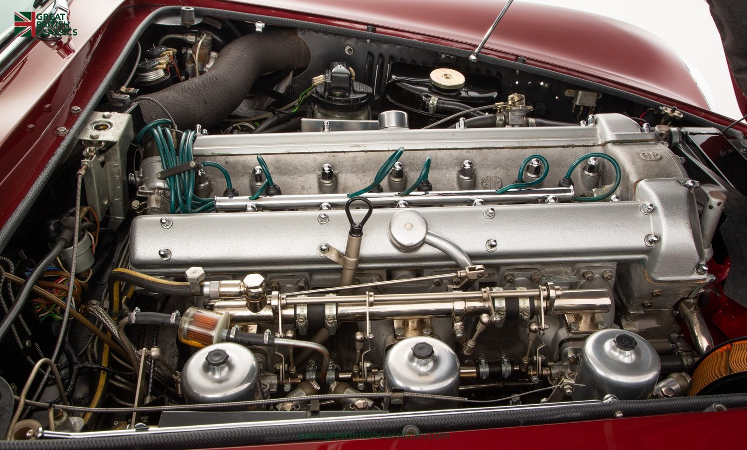 1966 ASTON MARTIN DB6 // FULLY RESTORED // INCREDIBLE HISTORY For Sale (picture 25 of 29)