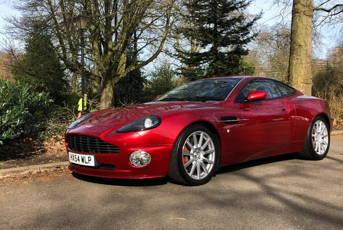2004 Aston Martin V12 Vanquish S For Sale (picture 1 of 31)