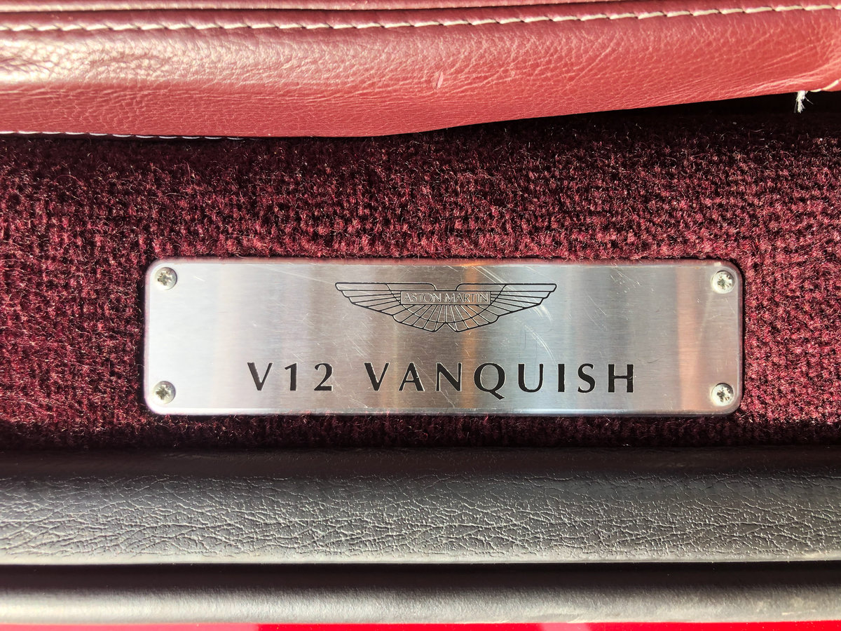 2004 Aston Martin V12 Vanquish S For Sale (picture 30 of 31)