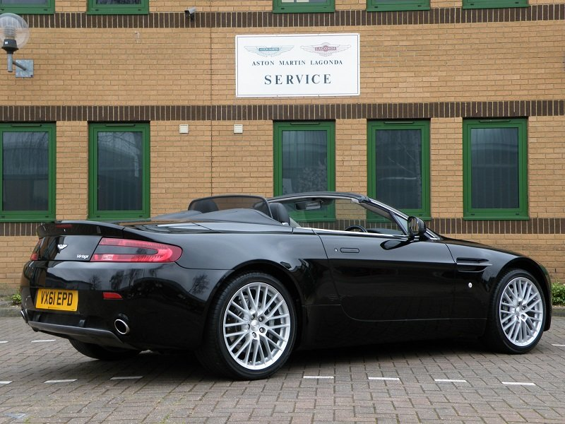 2012 V8 Vantage Roadster. 4.7. Manual. Supercharged For Sale (picture 3 of 12)