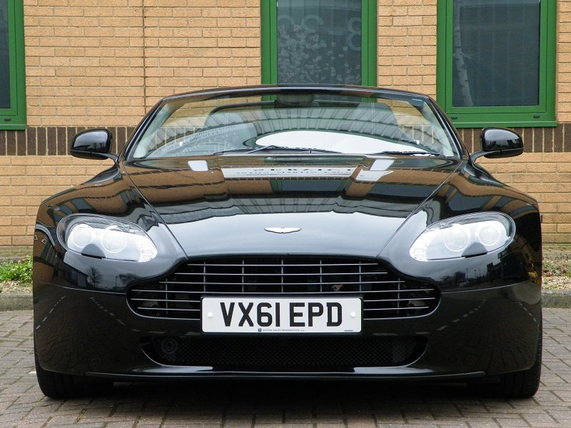2012 V8 Vantage Roadster. 4.7. Manual. Supercharged For Sale (picture 5 of 12)