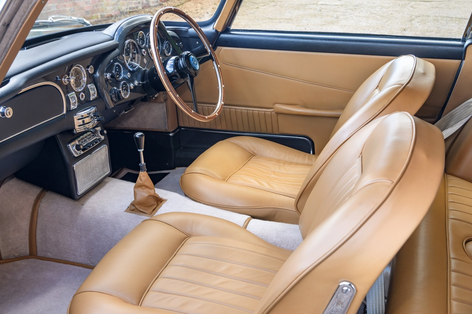 1964 Aston Martin DB5 For Sale (picture 7 of 12)