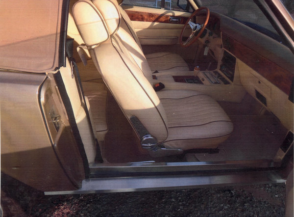 1986 Aston Martin V8 Volante For Sale by Auction (picture 7 of 15)