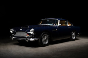 Picture of 1960 Aston Martin DB4 Series 2 Sports Saloon Lot 132 For Sale by Auction