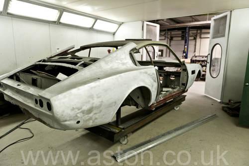 Aston Martin V8 Bespoke 1976 SOLD (picture 3 of 6)